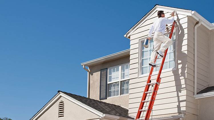 What Do I Need to Know Before Hiring an Exterior House Painter?