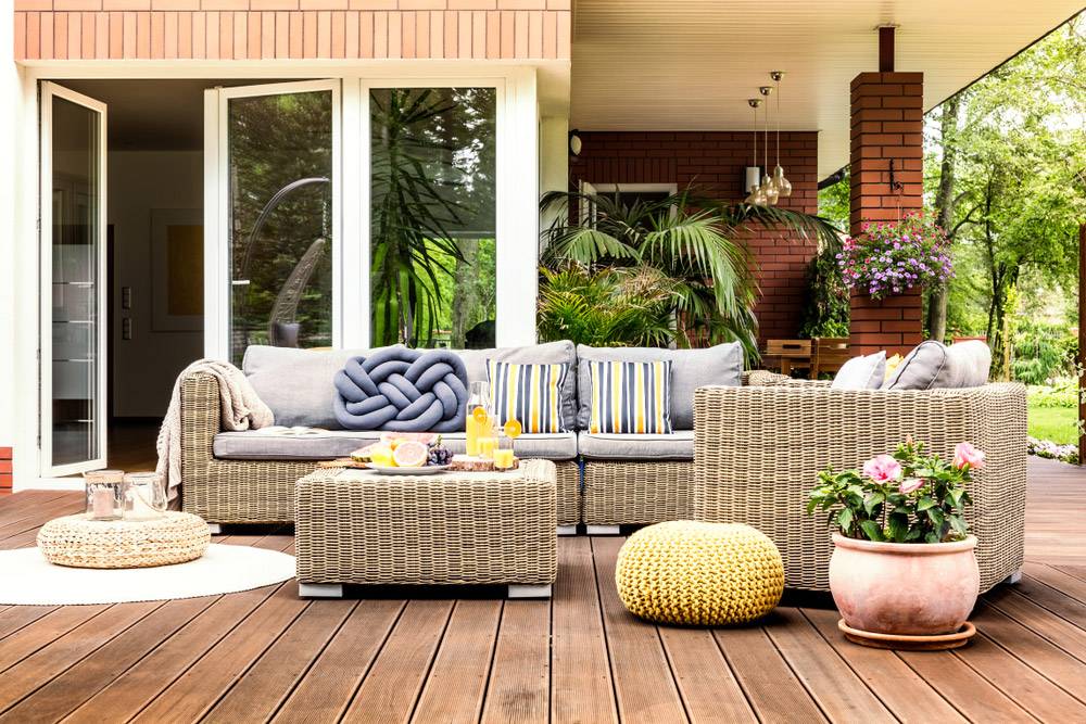 4 Ways You Can Easily Makeover Your Yard