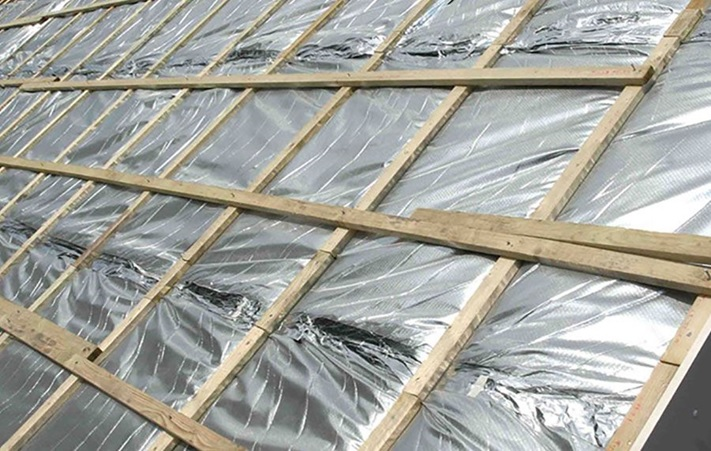 How Does Ceiling Insulation Benefit Homes?
